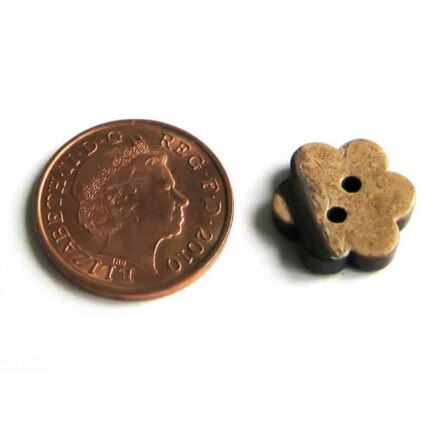 15mm Flower Coconut Button