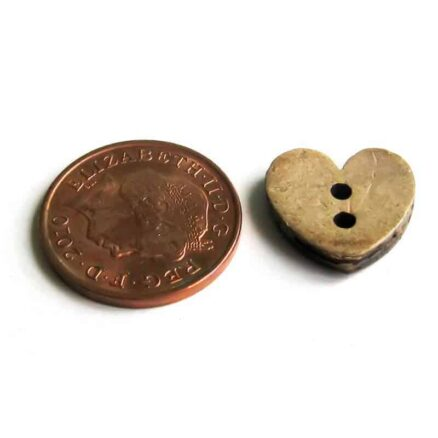15mm Heart Coconut Button