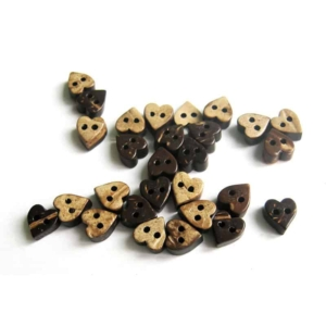7mm Heart Coconut Button